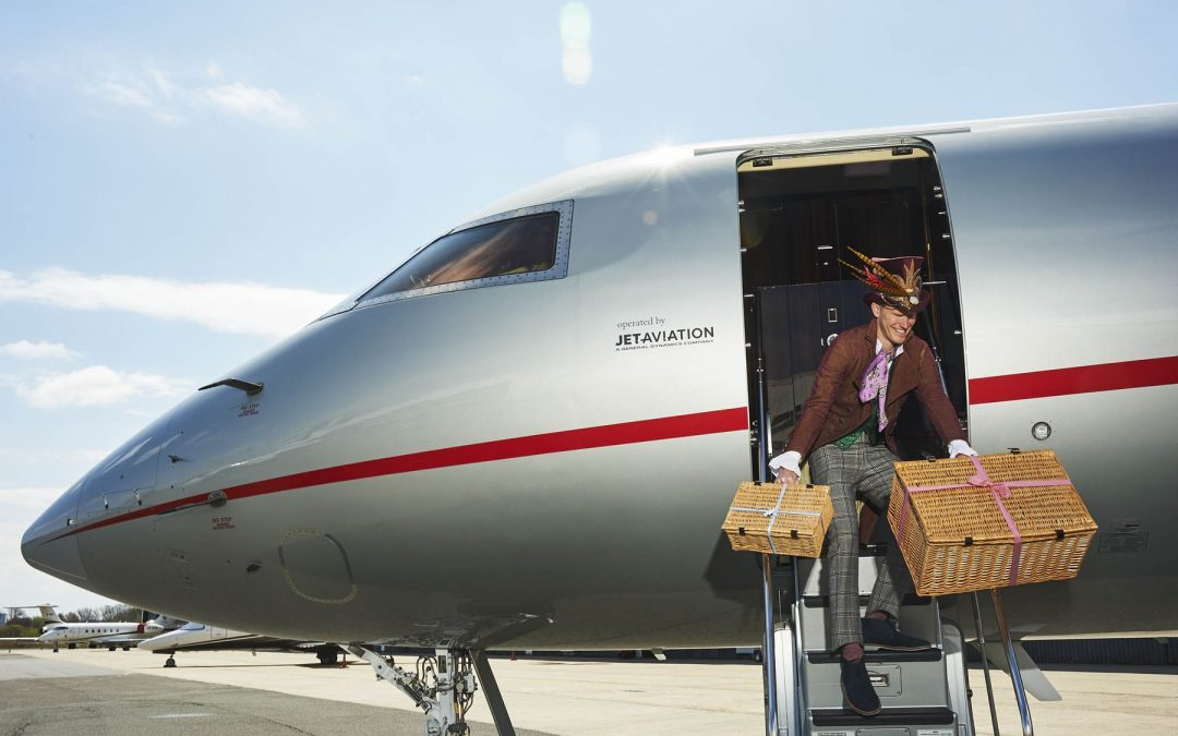 The Most Luxurious Flight Experience: Enjoy Tea Parties Up In The Skies